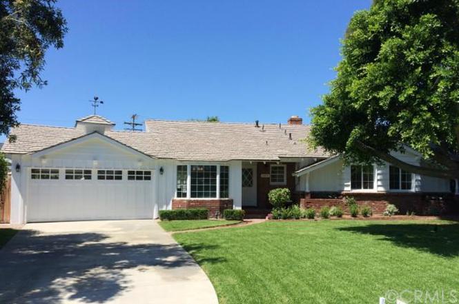 389 Mira Loma Pl, Costa Mesa, CA 92627