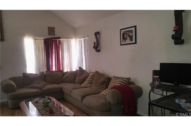 15600 Lake Ridge Rd, Lake Elsinore, CA 92530