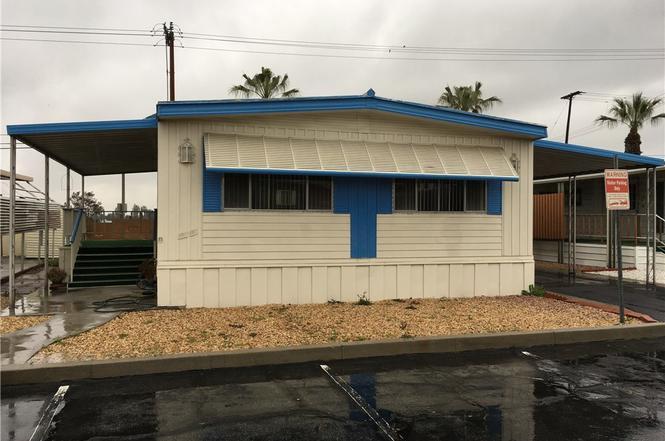 1560 Massachusetts Ave 51 Riverside CA 92507