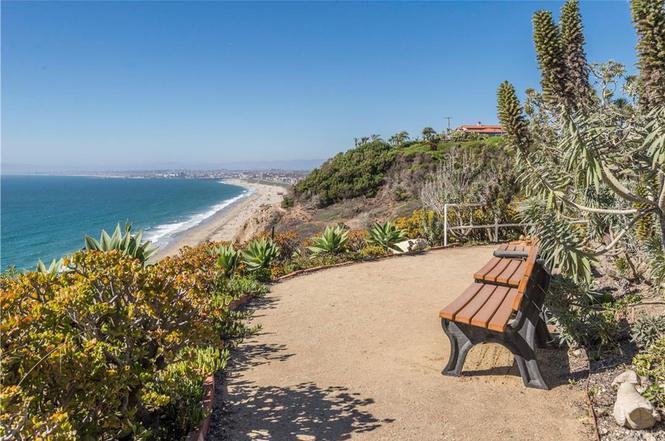 639 Paseo De La Playa #106, Redondo Beach, CA 90277