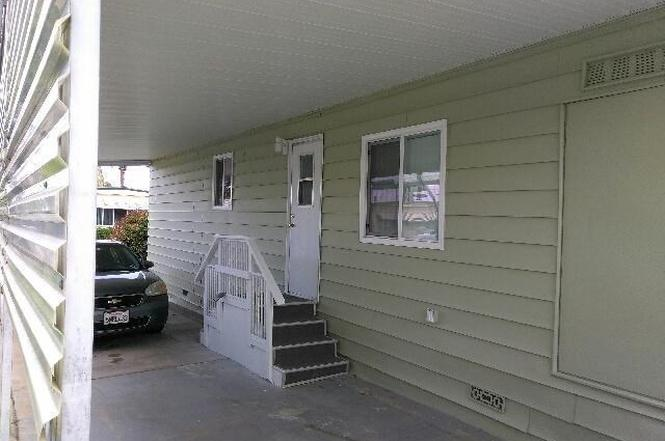 1560 Massachusetts Ave 57 Riverside CA 92507