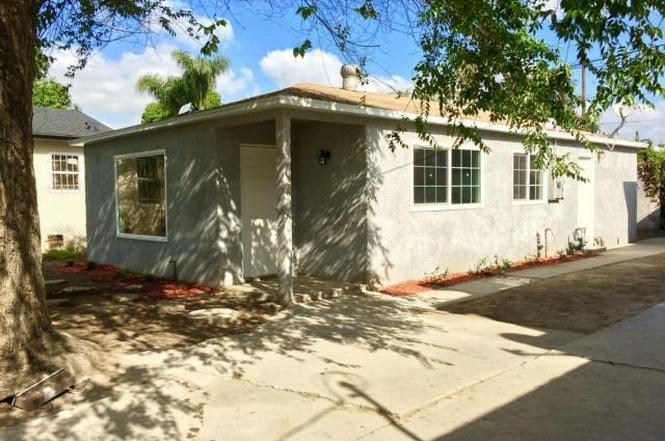 2035 E Piru St, Compton, CA 90222 - 2 beds/1 bath