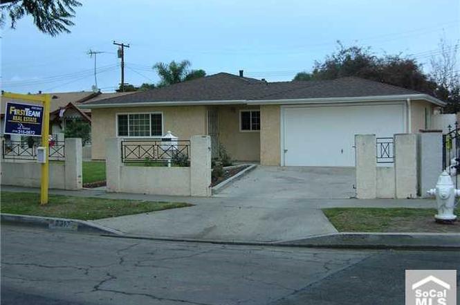 Pleasing 2317 S Warbler St Santa Ana Ca 92704 3 Beds 1 5 Baths Andrewgaddart Wooden Chair Designs For Living Room Andrewgaddartcom