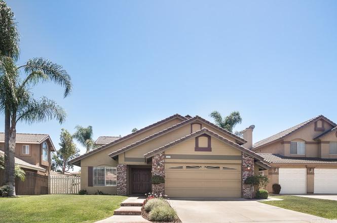 seven gables real estate - 636×425