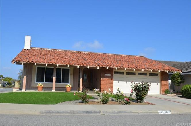 21042 Chubasco Ln, Huntington Beach, CA 92646