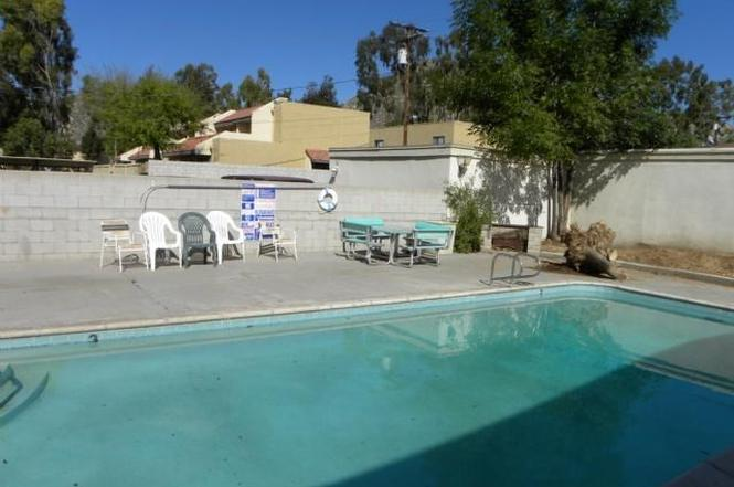 3000 Canyon Crest Dr, Riverside, CA 92507 | MLS# I12013967 | Redfin