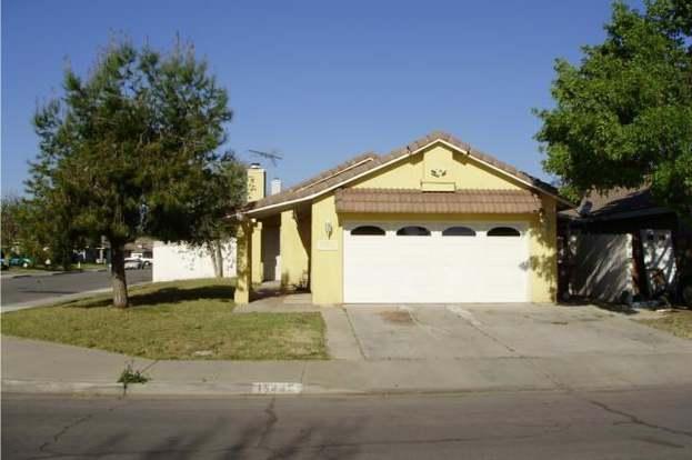 15449 Gemstone Ct, Moreno Valley, CA 92551