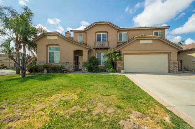 13579 Carnival Ct, Eastvale, CA 92880 - 4 beds/3 baths