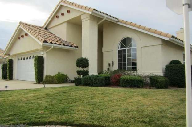 5062 Riviera Ave, Banning, CA 92220 - 3 beds/2 baths