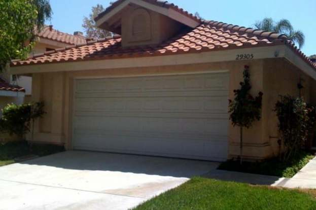 29305 Marilyn Dr, Canyon Country, CA 91387
