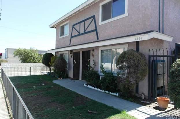 7326 Richfield St #201, Paramount, CA 90723 - 2 beds/1 5 baths