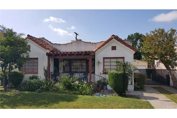3022 Flower St, Walnut Park, CA 90255 - 3 beds/1 bath