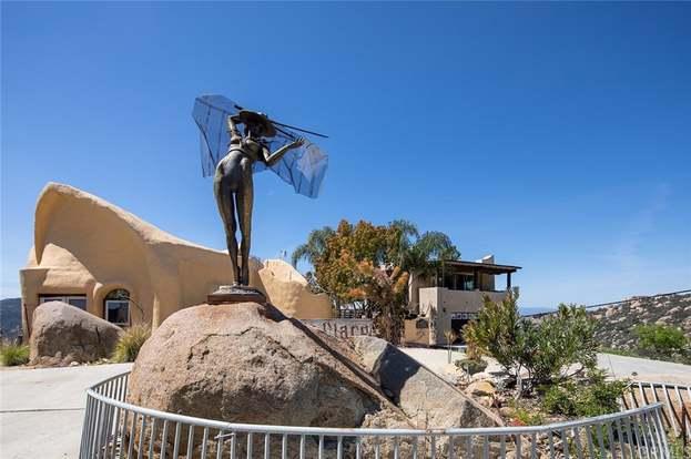 28796 Welcome, Escondido, CA 92026 - 4 beds/3 baths