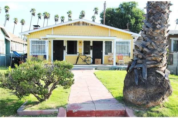 4518 Arlington Ave, Los Angeles, CA 90043 - 2 beds/2 baths