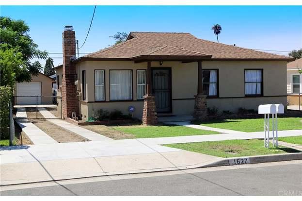 1627 Clay St, Redlands, CA 92374 - 4 beds/2 baths