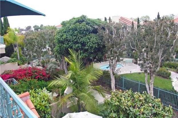 19572 OAKDALE Ln, Huntington Beach, CA 92648