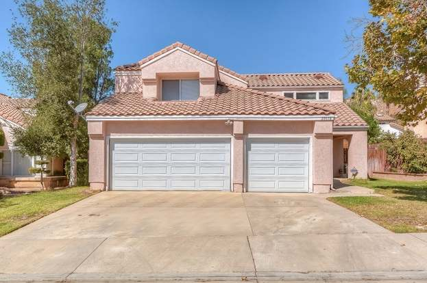 23978 Lone Pine Dr, Moreno Valley, CA 92557