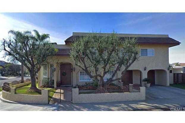 16291 Tisbury Cir, Huntington Beach, CA 92649