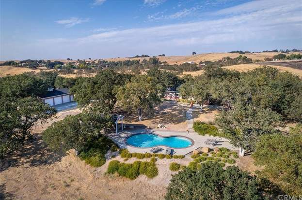 Paso Robles California >> 870 Windwood Rd Paso Robles Ca 93446 4 Beds 2 5 Baths