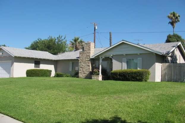 130 W Etiwanda Ave, Rialto, CA 92376 - 3 beds/2 baths