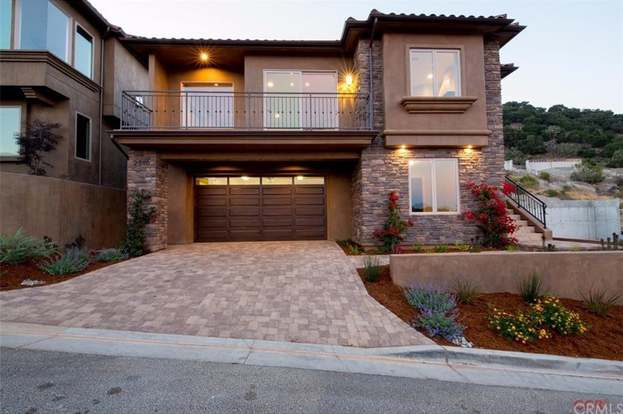 2910 Club Moss, Avila Beach, CA 93424 - 3 beds/2 5 baths
