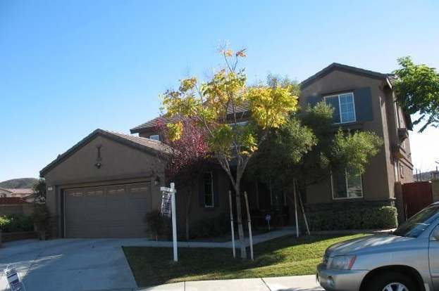 elsinore single personals Zillow has 41 single family rental listings in lake elsinore ca use our detailed  filters to find the perfect place, then get in touch with the landlord.