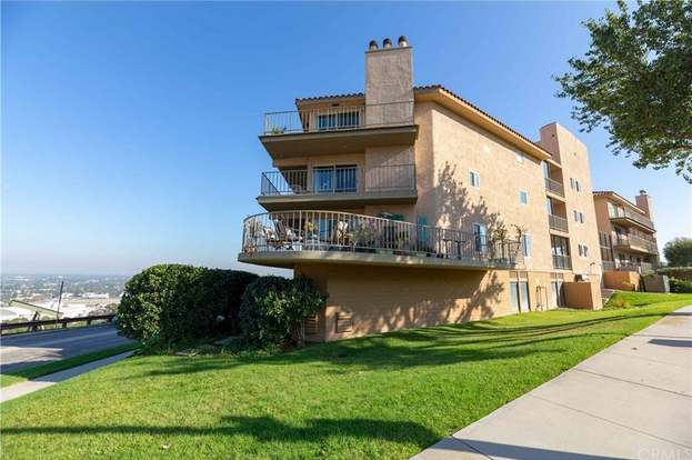 2700 E Panorama Dr 208 Signal Hill Ca 90755 3 Beds 1 75 Baths