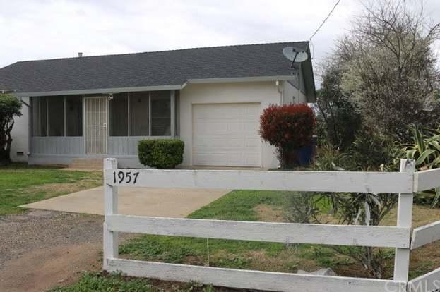 2057 W State Highway 140, Merced, CA 95341 - 2 beds/1 bath