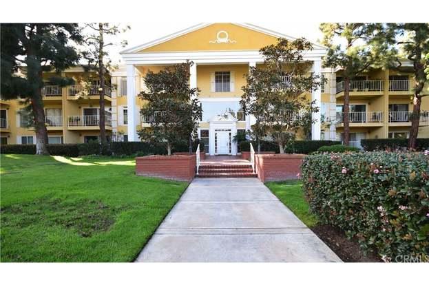 102 Scholz Plaza 149 Newport Beach Ca 92663 Mls Np18031990 Redfin