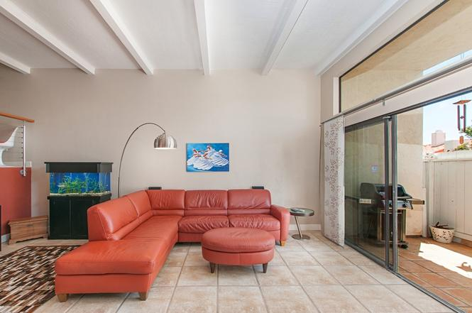 3986 La Jolla Village Dr CA 92037