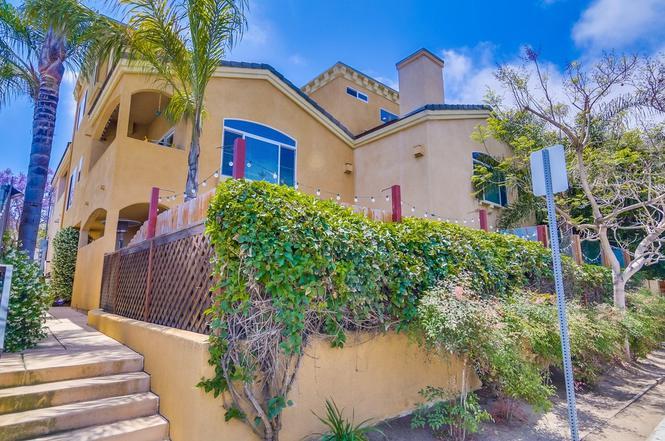 4371 W Point Loma, San Diego, CA 92107