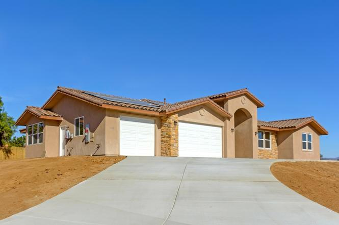 1408 Devin Dr Fallbrook CA 92028 & 1408 Devin Dr Fallbrook CA 92028 - 4 beds/3.5 baths