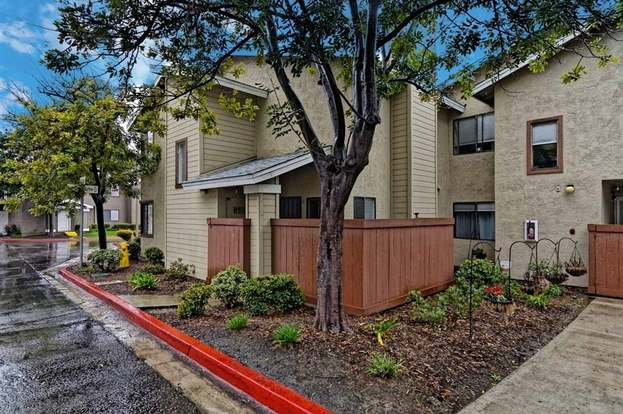 580 Portsmouth Dr Unit D Chula Vista Ca 91911 2 Beds 2 5 Baths