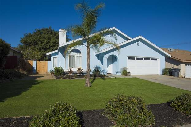713 Marcos Vis, San Marcos, CA 92078 - 3 beds/2 baths