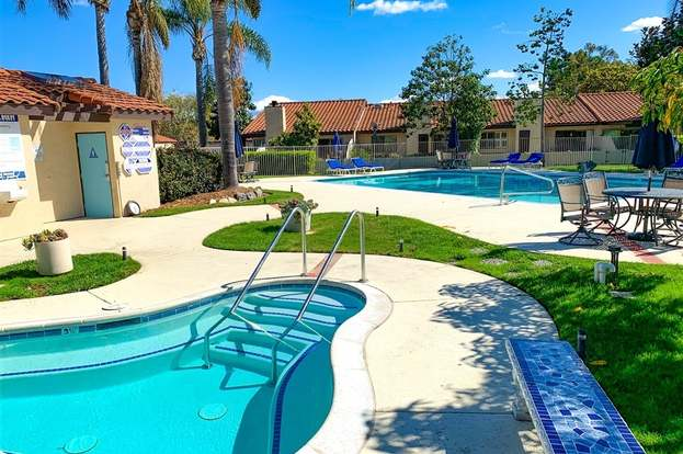 2170 Valleydale, Encinitas, CA 92024   2 Beds/2 Baths