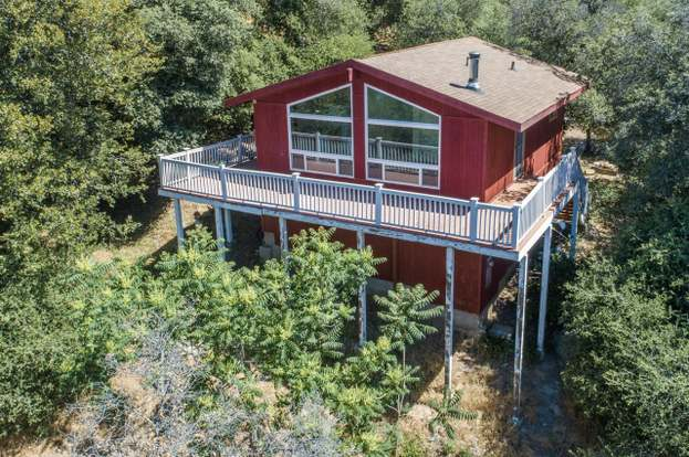 2748 Payson Dr, Julian, CA 92036 - 2 beds/1 bath