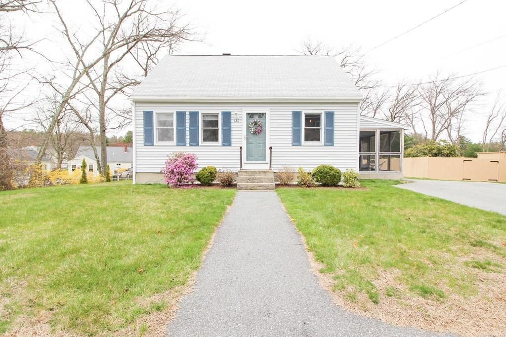 129 Mary Theresa Ter Lowell Ma 01854 Mls 72646785 Redfin