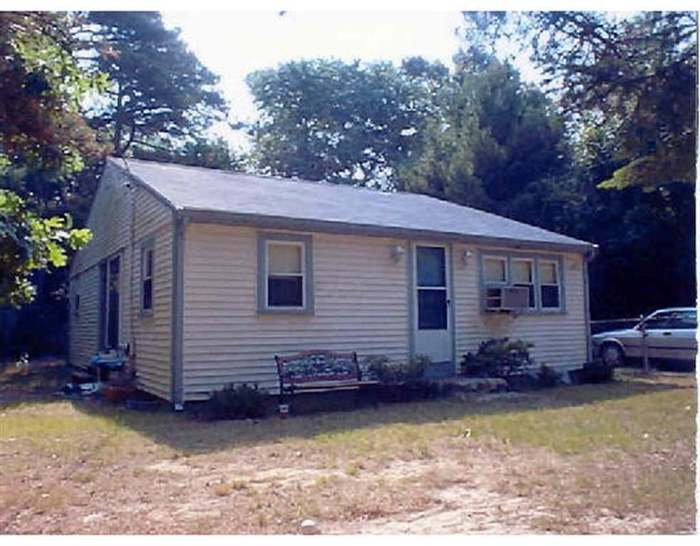 Enjoyable 4 Queen Plymouth Ma 02360 4 Beds 1 Bath Home Interior And Landscaping Oversignezvosmurscom