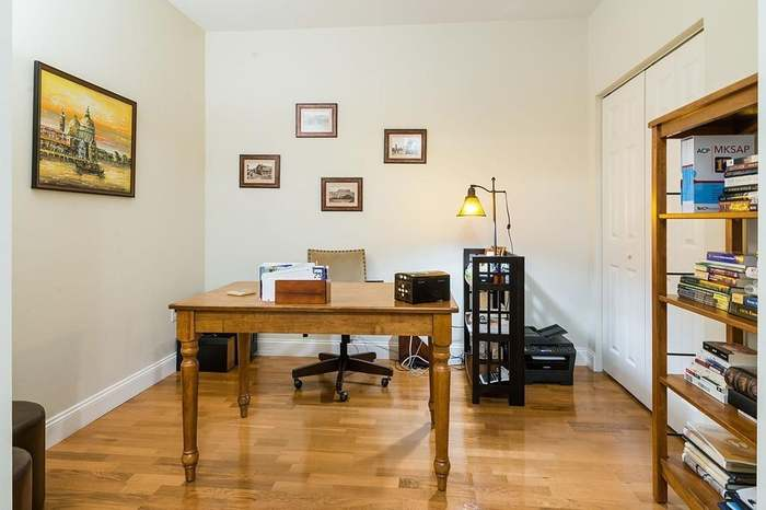 35 Commonwealth Ave #311, Newton, MA 02467 - 1 bed/1 bath
