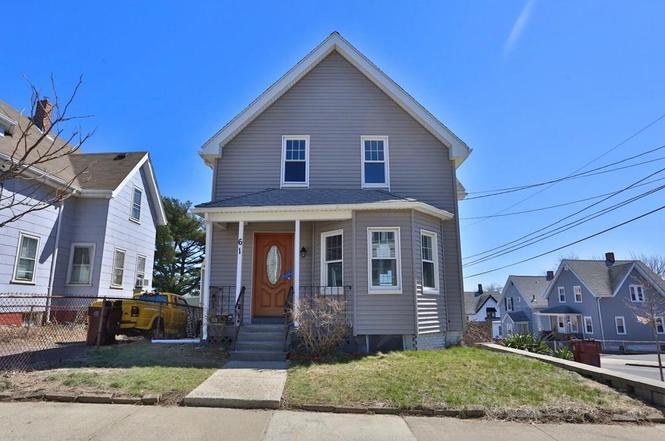 61 Foster St, Everett, MA 02149
