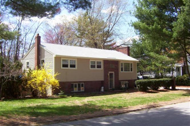 27 Pine Valley Dr, Dracut, MA 01826   MLS# 70032134   Redfin