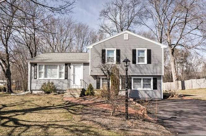 47 Bumble Bee Cir Shrewsbury Ma 01545 Mls 71970303