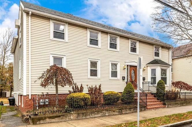 44 High St Danvers Ma 01923 Mls 72594326 Redfin