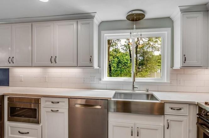 Saltbox Kitchen West Concord Ma - Kitchen Cabinets