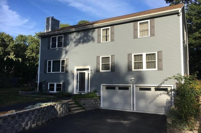 437 Johnny Appleseed Ln, Leominster, MA 01453