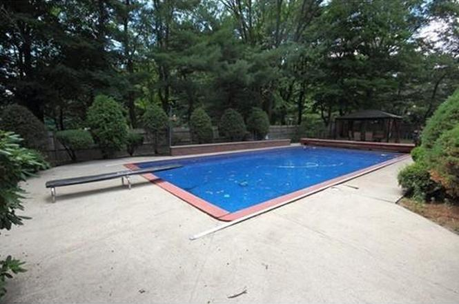 Awesome 163 Blue Hill Dr, Westwood, MA 02090
