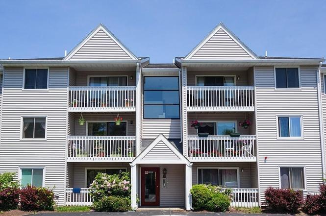 15 Bower Rd Unit B7 Quincy Ma 02169 Mls 72513480 Redfin