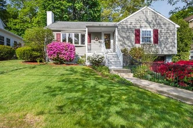 Great 45 Stevens Rd, Melrose, MA 02176