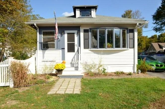 37 Lawndale Ave, Saugus, MA 01906