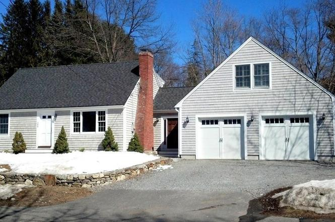 399 Central St, Acton, MA 01720